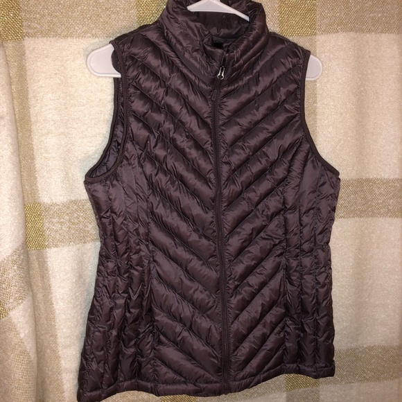32 Degrees Jackets & Blazers - 32 Degrees Puffer Vest in a Purple/Brown/Burgundy